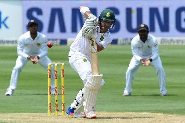 JOHANNESBURG, SOUTH AFRICA - JANUARY 12: Dean Elgar of South Africa bats during day 1 of the 3rd test between South Africa and Sri Lanka at Bidvest Wanderers Stadium on January 12, 2107 in Johannesburg, South Africa. (Photo by Lee Warren/Gallo Images/Getty Images)