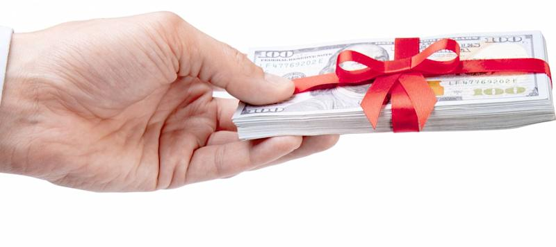 Someone Gave You Mortgage Money? You'll Need a Gift Letter