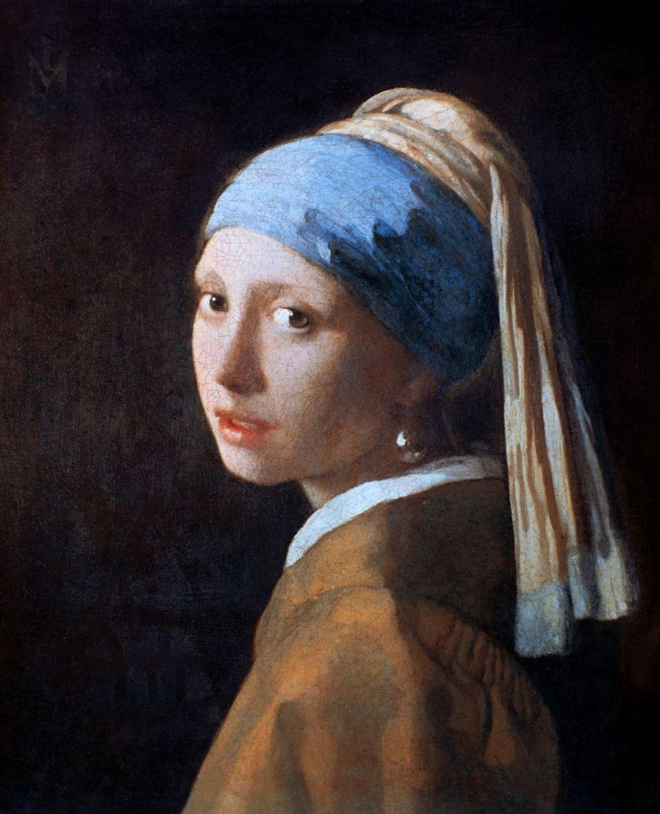 <p>If you're looking for a clever costume at the very last minute, consider mimicking this iconic painting. With just a blue scarf and bold pearl earring, your colleagues are bound to think that you put a lot of thought and effort into your costume. </p>