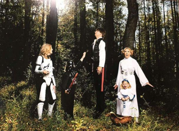 PHOTO: The Simmons family of Orlando, Fla., went all out for their Star Wars-themed Christmas card in 2015. (Andy Brophy/OneNine Images)