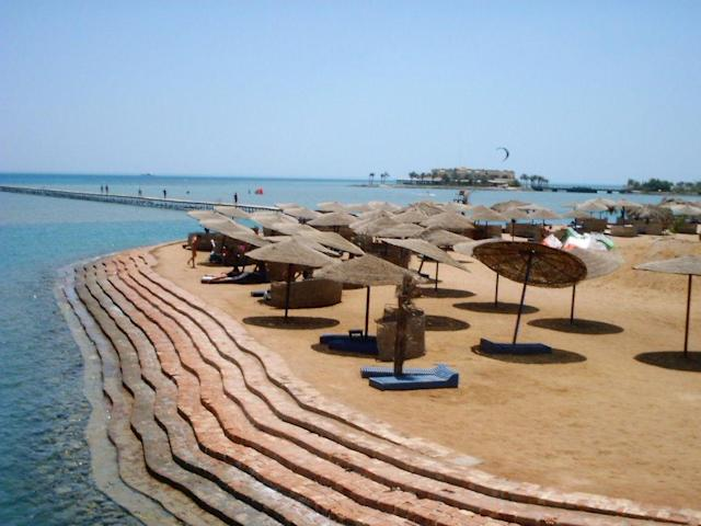 <p>No. 3 Most Affordable Beaches: Egypt<br> Sunscreen: $10.10<br> Water: $0.28<br> Beer: $1.34<br> Ice Cream: $0.75<br> Lunch: $6.90<br><b>Total: $19.37</b><br> (Photo: El Gouna in Hurghada, Egypt/BORShop Computing/<span>Flickr</span>) </p>