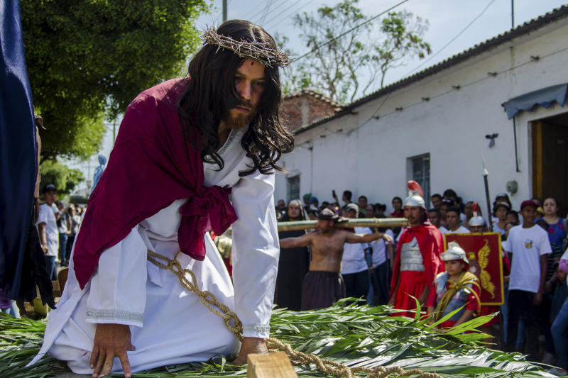 A Christian portraying Jesus recreates the Stations of the Cross during Good Friday on April 19, 2019, in Colima, Mexico. (Leonardo Montecillo / Agencia Press South via Getty Images)