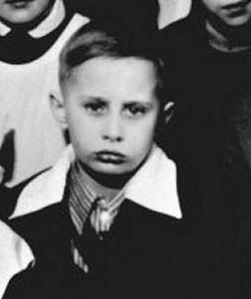 <p>A class photo of a young Vladimir Putin, dated 1960, in St. Petersburg ,Russia. (Photo: © Russian Look via ZUMA Wire) </p>