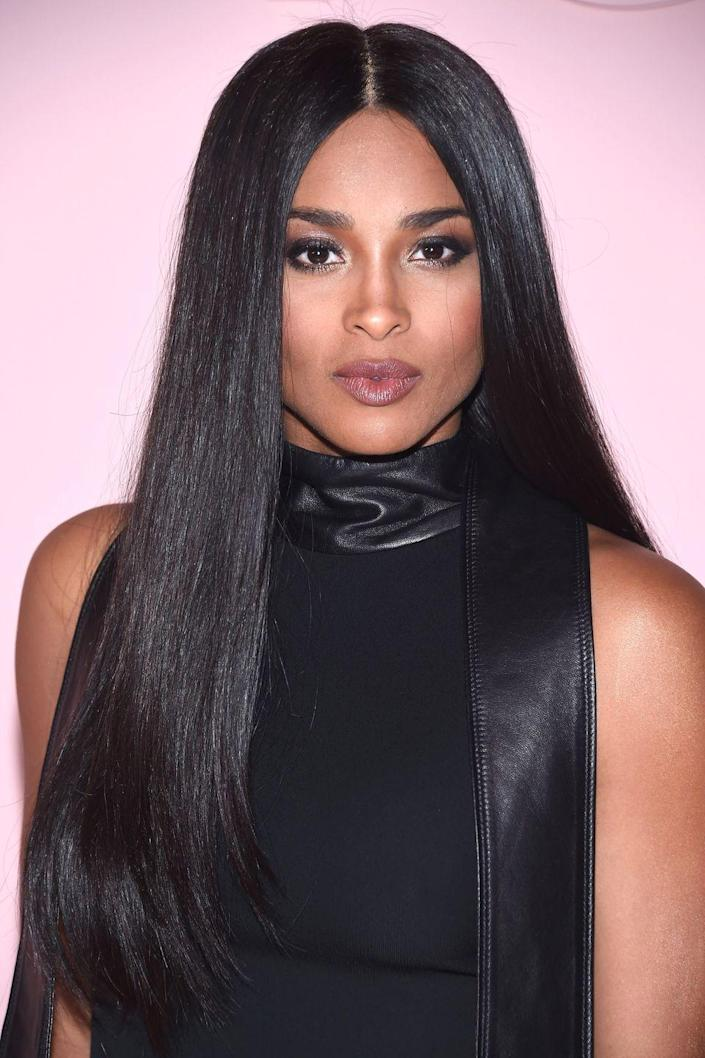 <p>Recently, Ciara was seen sporting a more natural, beautiful dark brown color. </p>