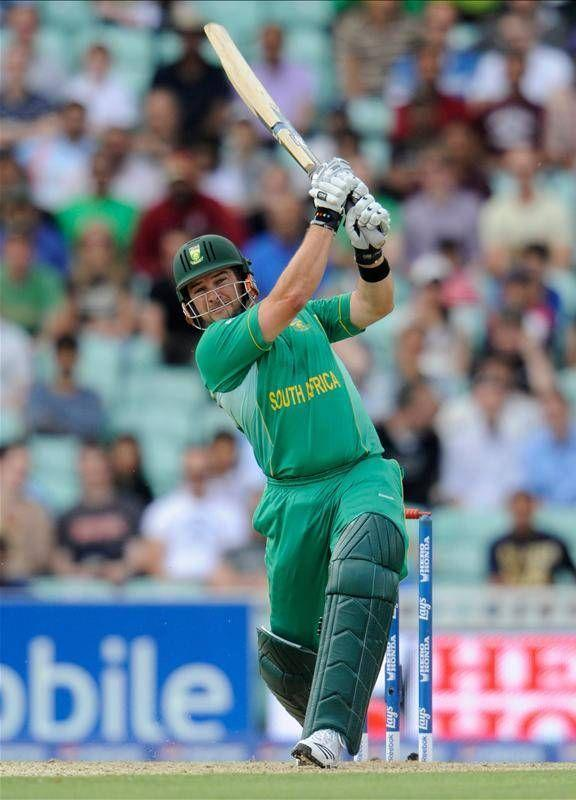 Mark Boucher played an impeccable 147* runs' inning for South Africa