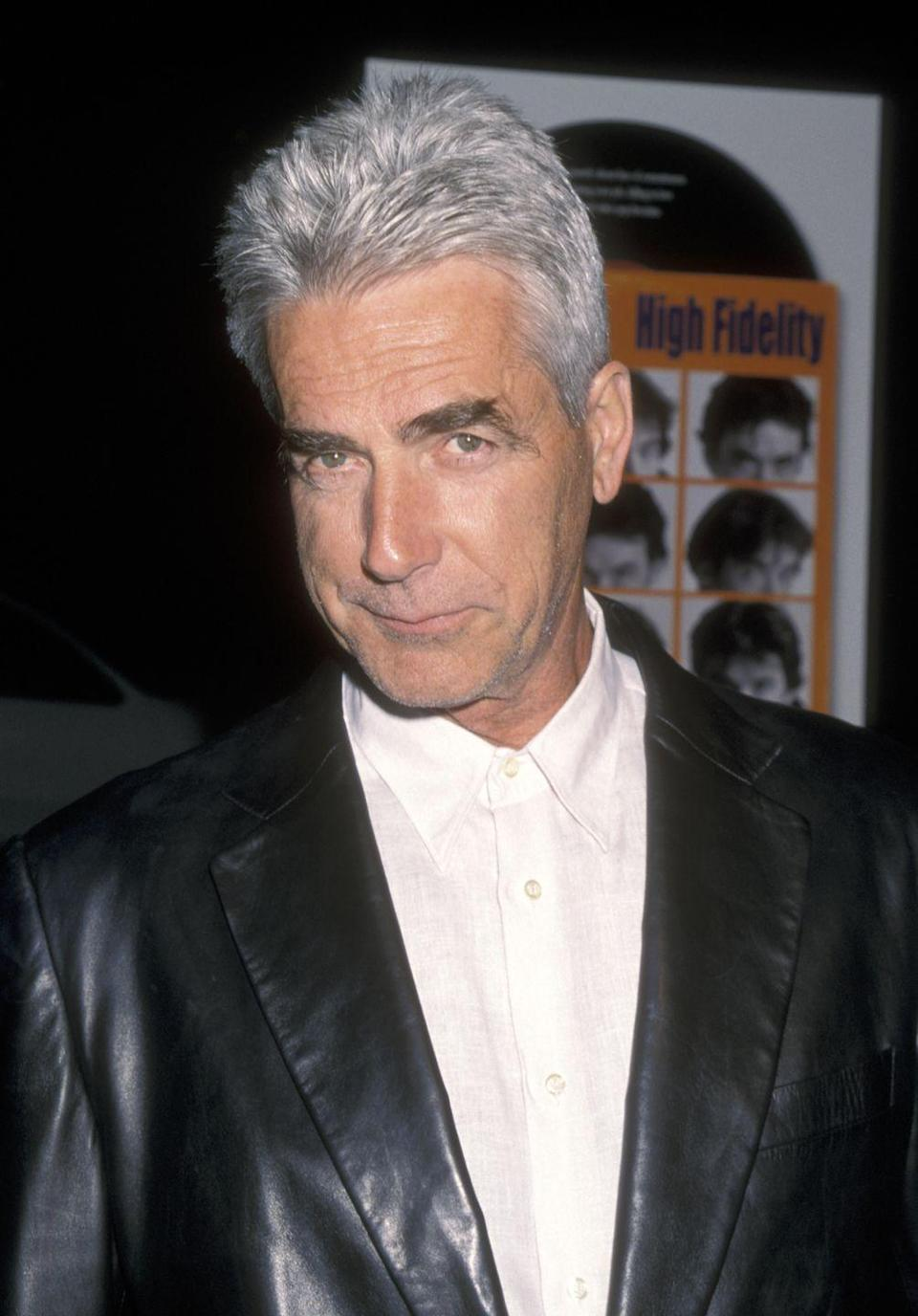 <p>Elliott attends the <em>High Fidelity</em> Hollywood premiere on March 28, 2000, at El Capitan Theatre in Hollywood, California.</p>