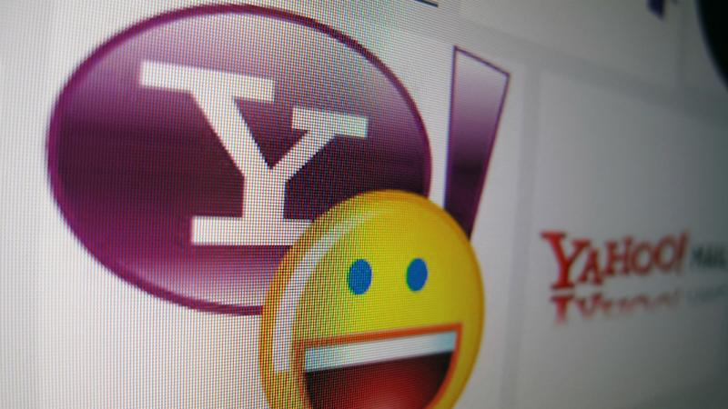 Iconic Yahoo Messenger to be retired today after a twenty-year long run
