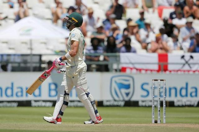 Searching for runs: South Africa captain Faf du Plessis (AFP Photo/MARCO LONGARI)
