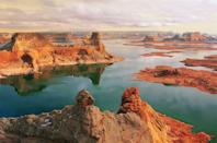 <p>Probably the most unique lake in the United States is<strong> Lake Powell,</strong> a manmade reservoir along the Colorado River at the border of Utah and Arizona. </p>