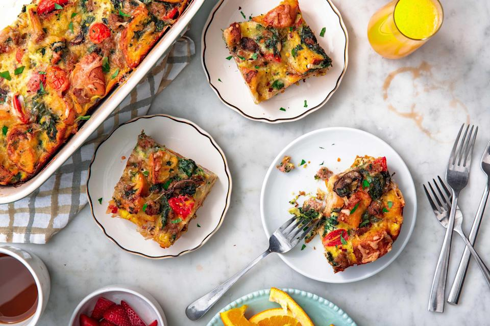 """<p>As if it wasn't stressful enough that you have to feed a squad of hungry hooligans for <a href=""""https://www.delish.com/holiday-recipes/thanksgiving/g3023/traditional-thanksgiving-menu/"""" rel=""""nofollow noopener"""" target=""""_blank"""" data-ylk=""""slk:Thanksgiving dinner"""" class=""""link rapid-noclick-resp"""">Thanksgiving dinner</a>, you also have to whip up breakfast for anyone staying over on the big day. From <a href=""""https://www.delish.com/cooking/g2669/breakfast-casserole-recipes/"""" rel=""""nofollow noopener"""" target=""""_blank"""" data-ylk=""""slk:one-pot breakfast casseroles"""" class=""""link rapid-noclick-resp"""">one-pot breakfast casseroles</a> to <a href=""""https://www.delish.com/cooking/menus/g28229801/instant-pot-breakfast/"""" rel=""""nofollow noopener"""" target=""""_blank"""" data-ylk=""""slk:Instant Pot breakfasts"""" class=""""link rapid-noclick-resp"""">Instant Pot breakfasts</a> to some of our <a href=""""https://www.delish.com/cooking/menus/g2645/brunch-breakfast-recipes/"""" rel=""""nofollow noopener"""" target=""""_blank"""" data-ylk=""""slk:favorite brunch recipes of all time"""" class=""""link rapid-noclick-resp"""">favorite brunch recipes of all time</a>, these easy morning meals will kick off your Thanksgiving day stress-free. Want more Thanksgiving day recipes? This collection ensures you'll have the <a href=""""https://www.delish.com/holiday-recipes/thanksgiving/g3763/thanksgiving-pies/"""" rel=""""nofollow noopener"""" target=""""_blank"""" data-ylk=""""slk:best Thanksgiving ever"""" class=""""link rapid-noclick-resp"""">best Thanksgiving ever</a>!</p>"""