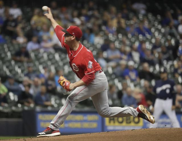 Cincinnati Reds starting pitcher Matt Harvey throws during the first inning of a baseball game against the Milwaukee Brewers Wednesday, Sept. 19, 2018, in Milwaukee. (AP Photo/Morry Gash)