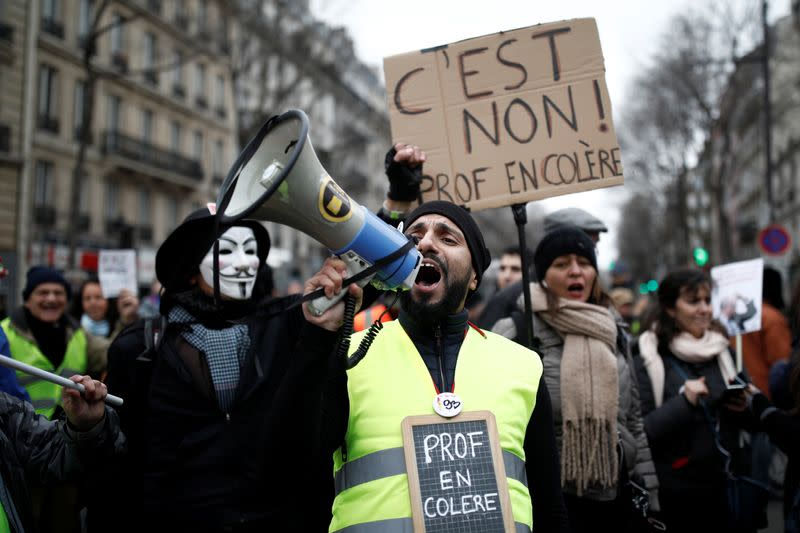 France faces its twenty-fourth consecutive day of strikes