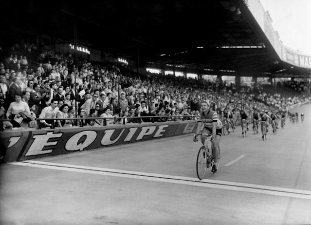 Jacques Dupont, seen here winning the 'Boucles de la Seine' at the Parc des Princes in 1957, was a two-time winner of Paris-Tours (AFP Photo/-)