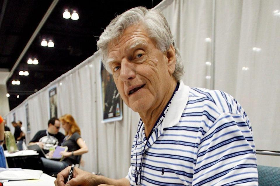 David Prowse signing autographs in Los Angeles (REUTERS)