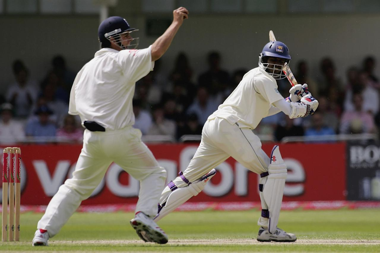 NOTTINGHAM, UNITED KINGDOM - JUNE 04:  Alastair Cook of England catches Upul Tharanga of Sri Lanka during day three of the third npower test match between England and Sri Lanka at Trent Bridge, on June 4, 2006 in Nottingham, England.  (Photo by Clive Rose/Getty Images)