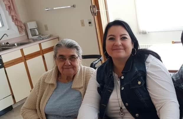 Anna Janzen, left, was taken to Saskatoon's Royal University Hospital on March 26. Her daughters Pauline Ens, right, and Esther Shaw allege she was given poor treatment at the hospital.  (Submitted by Pauline Ens - image credit)