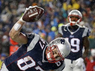 Rob Gronkowski can't take the air out of the deflate-gate controversy. (AP)