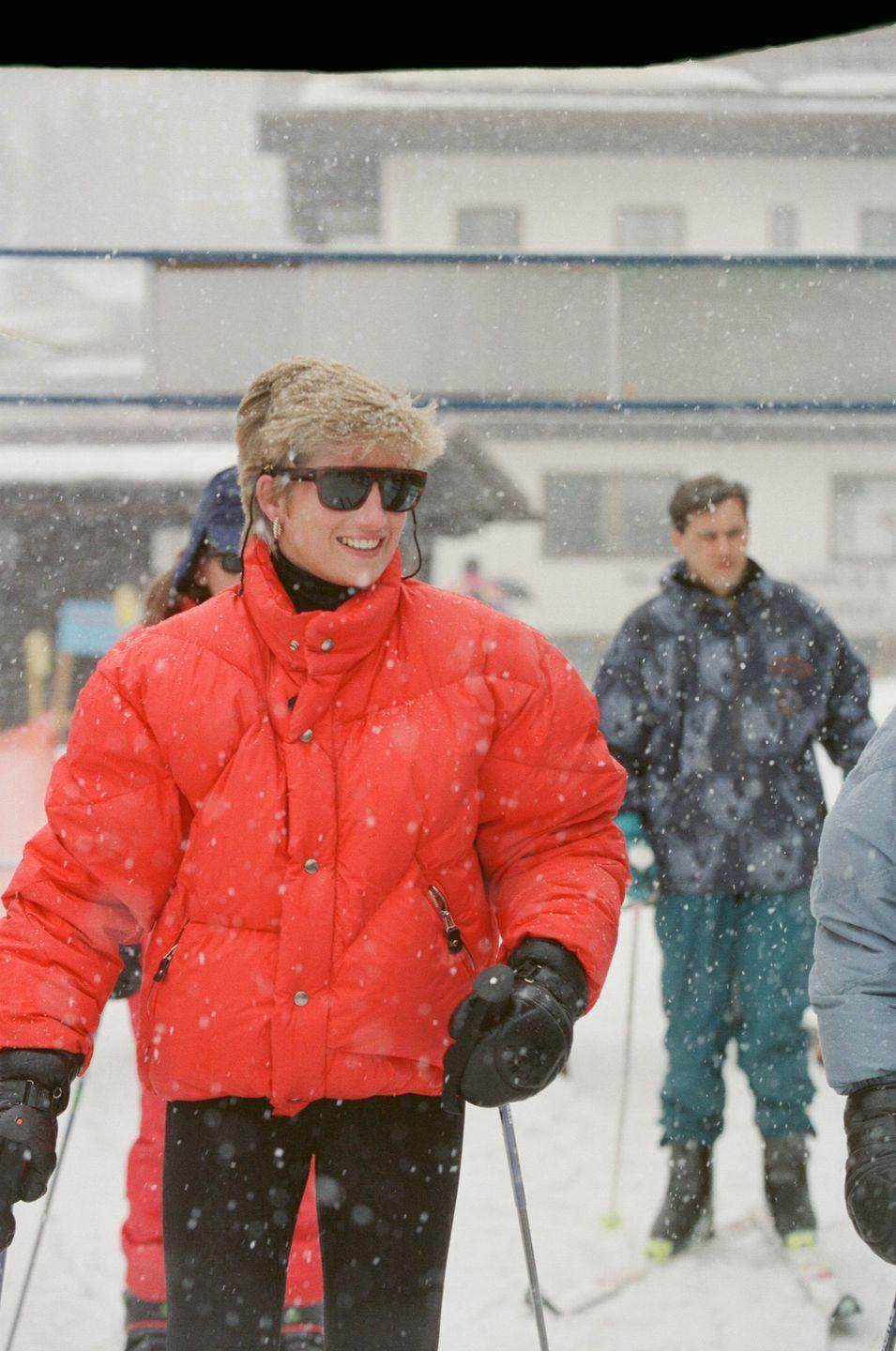<p>Princess Diana always looked stylish on the slopes. Here, her puffer jacket provides a pop of color, while the rest of her understated outfit makes this a timeless and easy to replicate look. Perfect to transition from a day of outdoor activities to whatever your after hours choice may be. </p>