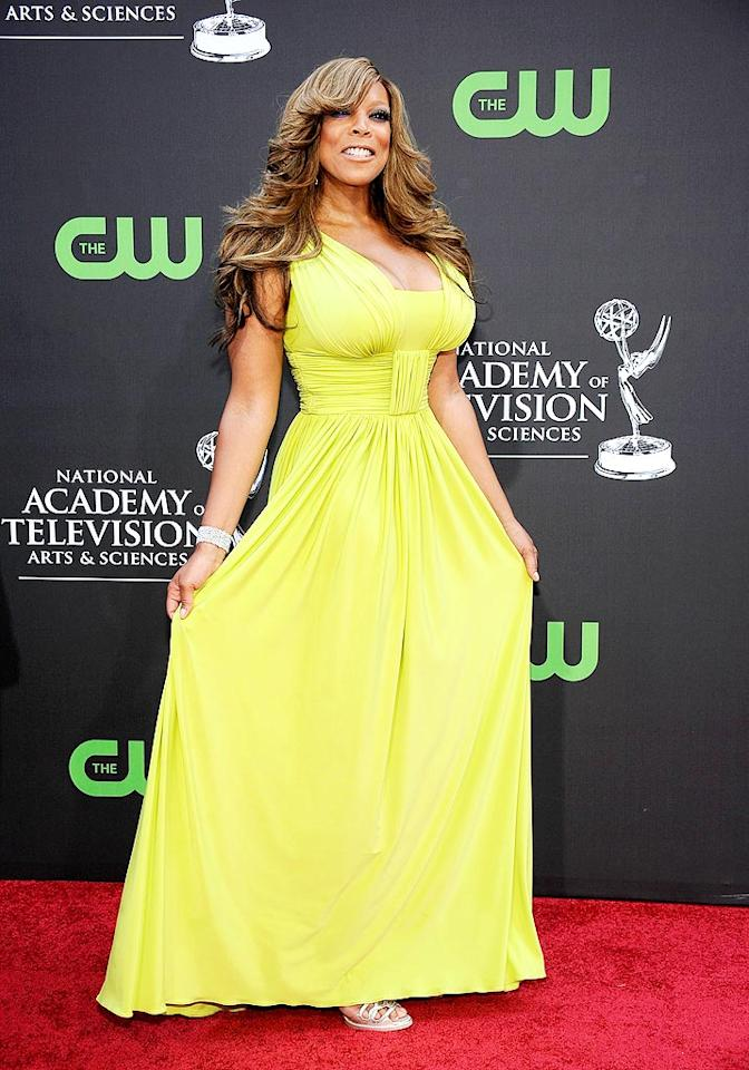 "No one could miss Wendy Williams (or her out-of-control weave) in this flowing chartreuse gown. Frazer Harrison/<a href=""http://www.gettyimages.com/"" target=""new"">GettyImages.com</a> - August 30, 2009"