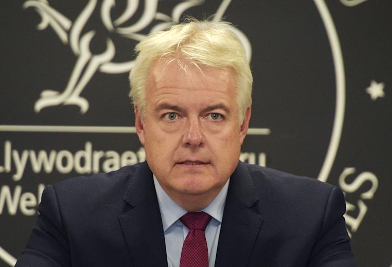 <strong>Welsh First Minister Carwyn Jones speaks to the media at Cathays Park, Cardiff, on Thursday, amid criticism of his handling of the allegations against the late Carl Sargeant.</strong> (PA Wire/PA Images)