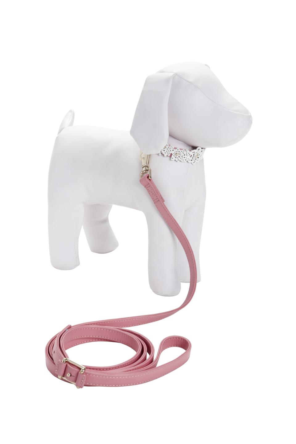 <b>Oscar de la Renta for Target + Neiman Marcus Holiday Collection Pet Collar and Leash</b><br><br> Price: $39.99<br><br>