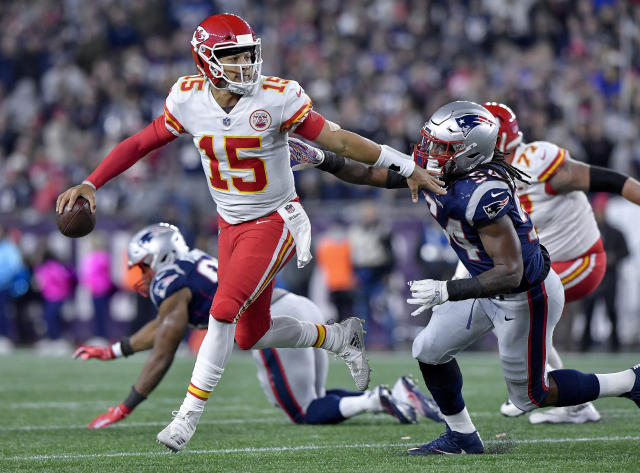 Chiefs quarterback Patrick Mahomes felt the heat from Patriots linebacker Dont'a Hightower. The result: an interception in the end zone. (Getty Images)