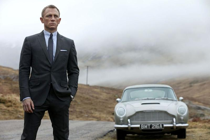 Daniel Craig's Ankle Surgery Apparently Isn't Going To Delay 'Bond 25'