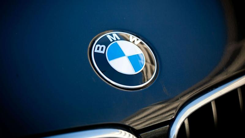 BMW bonnet badge