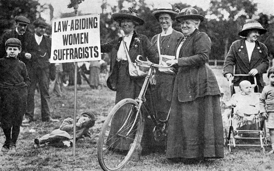 Suffragettes -The story of the Suffragettes on two wheels and thwarting Adolf Hitler in the Second World War - ALAMY