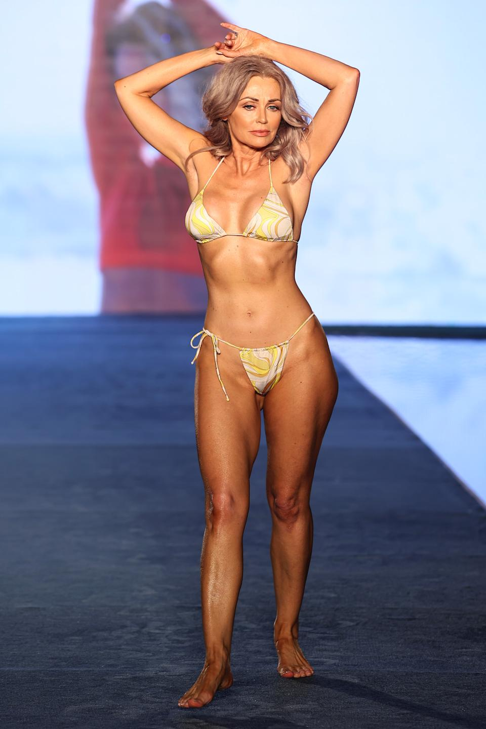 Kathy Jacobs, la top model 57enne domina le sfilate in bikini (Photo by John Parra/Getty Images for Sports Illustrated)