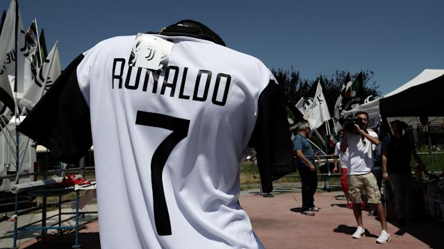 Ronaldo shirts are already on sale in Turin