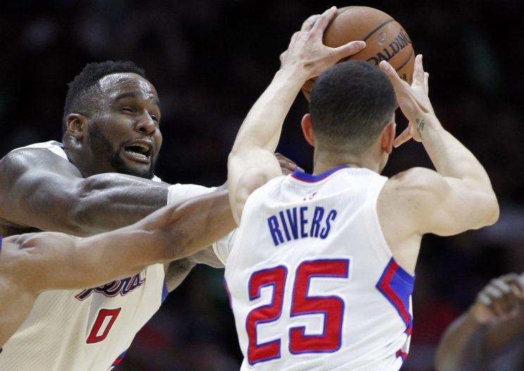 Once teammates, Glen Davis certainly isn't afraid to go after Austin Rivers. (AP)