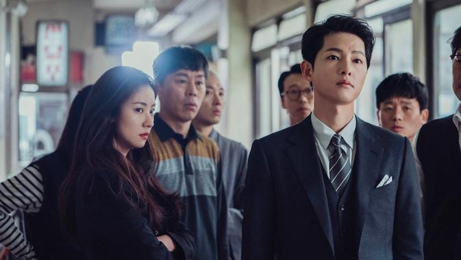 Song Joong Ki di serial Vincenzo. (Foto:Netflix)