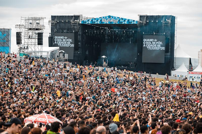 SAO PAULO, BRAZIL - APRIL 07: A general view of the crowd during the third day of Lollapalooza Brazil Music Festival at Interlagos Racetrack on April 07, 2019 in Sao Paulo, Brazil. (Photo by Mauricio Santana/Getty Images)