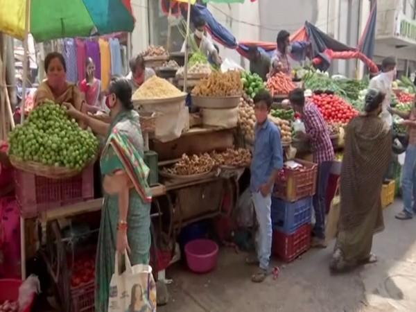 Lesser people at the market in Telangana (Photo/ANI)