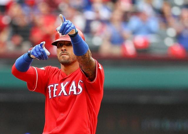 "The Rockies signed <a class=""link rapid-noclick-resp"" href=""/mlb/players/8589/"" data-ylk=""slk:Ian Desmond"">Ian Desmond</a> to a huge deal Wednesday. (Getty Images/Scott Halleran)"