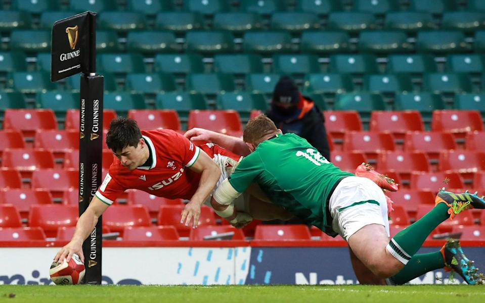 Louis Rees-Zammit scores the winning try on debut - GETTY IMAGES