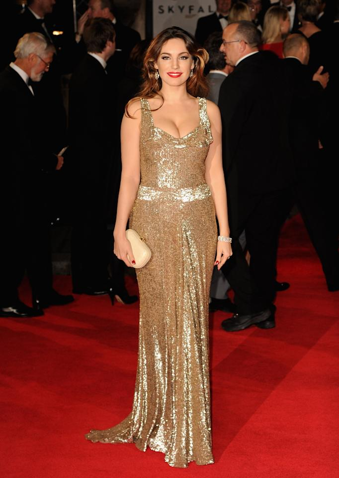 LONDON, ENGLAND - OCTOBER 23:  Kelly Brook attends the Royal World Premiere of 'Skyfall' at the Royal Albert Hall on October 23, 2012 in London, England.  (Photo by Eamonn McCormack/Getty Images)