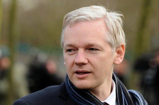 "<p>WikiLeaks founder Julian Assange (pictured in 2011) faced a ""difficult choice"" in defying a British police order for extradition to Sweden, one of his lawyers said Friday. The 40-year-old Australian refused to comply with a British police order to turn himself in for extradition to Sweden and instead walked into the Ecuadoran embassy in London on June 19, asking for asylum.</p>"