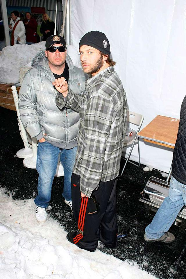 """Pamela Anderson's latest ex Rick Salomon grabs a snack in the form of a ciggie. Did his breakup with the blonde bombshell lead to this deadly addiction? AlphaX/<a href=""""http://www.x17online.com"""" target=""""new"""">X17 Online</a> - January 21, 2008"""