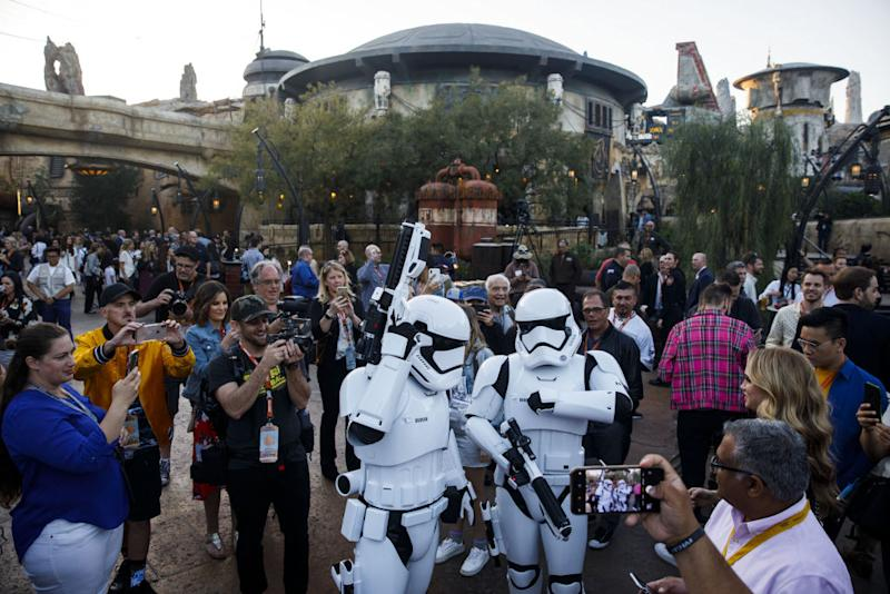 Disneyland unveils Star Wars: Galaxy's Edge on May 29. (Photo: Patrick T. Fallon/Bloomberg)
