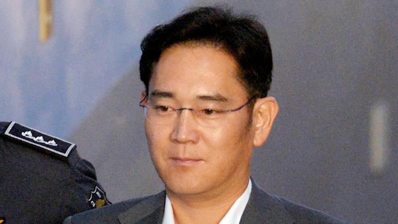 Samsung Boss Jay Lee Faces Trial Over Bribery Accusations