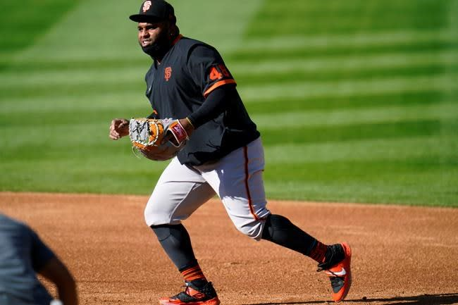 Giants part ways again with third baseman Pablo Sandoval