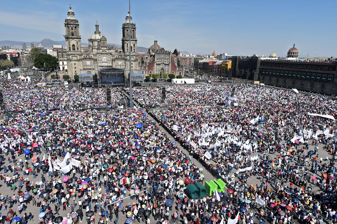 Foto aérea de la manifestación a favor de AMLO. (Photo by PEDRO PARDO / AFP) (Photo by PEDRO PARDO/AFP via Getty Images)