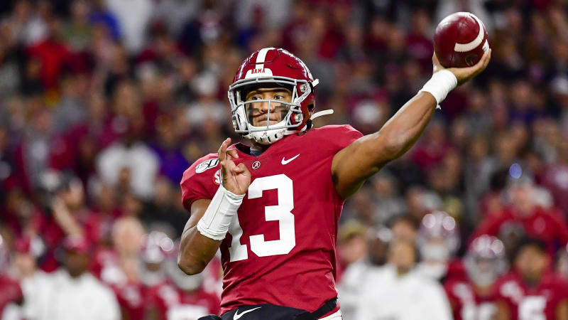 Alabama quarterback Tua Tagovailoa in an NCAA football game Saturday, Nov. 9, 2019, in Tuscaloosa, Ala. (AP Photo/Vasha Hunt)