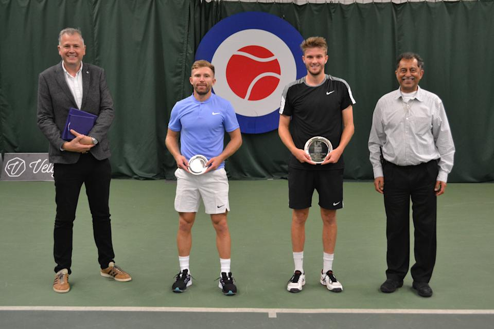 George Houghton downed Dan Cox in a thriller to win Week 8 of the men's competition