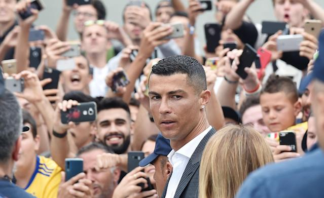 -FOTODELDIA- New Juventus soccer player Cristiano Ronaldo (C) of Portugal arrives at Juventus J Medical in Turin, Italy, 16 July 2018. Cristiano Ronaldo joins Italian Serie A side Juventus FC. EFE/ALESSANDRO DI MARCO