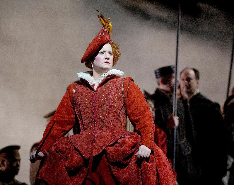 "In this Dec. 24, 2012 photo provided by the Metropolitan Opera, Elza van den Heever is Elisabetta in Donizetti's ""Maria Stuarda,"" during a dress rehearsal of Donizetti's ""Maria Stuarda,"" at the Metropolitan Opera in New York. (AP Photo/Metropolitan Opera, Ken Howard)"