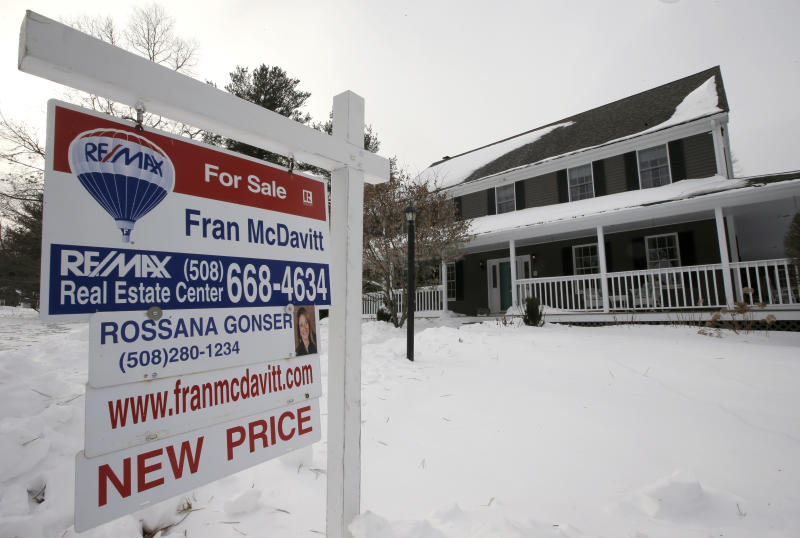 Long-term mortgage rates rise: 30-year hits 4.04 percent