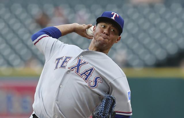 Texas Rangers starting pitcher Yovani Gallardo throws during the first inning of the team's baseball game against the Detroit Tigers, Thursday, July 5, 2018, in Detroit. (AP Photo/Carlos Osorio)